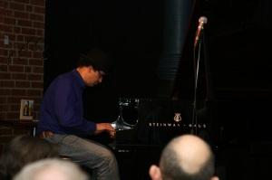 Tizian Jost am Piano